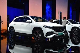2021上海车展实拍:奔驰EQA