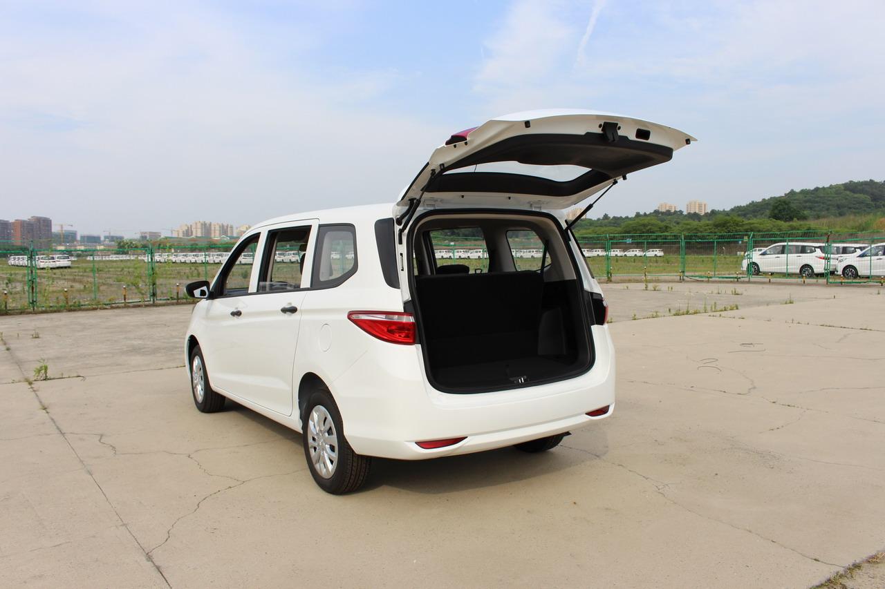 2020款长安欧尚A600 1.5L 手动创业型