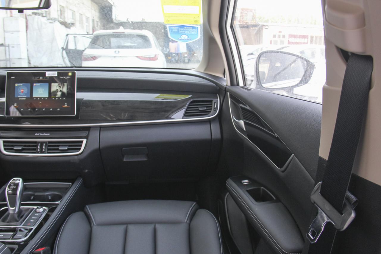 2019款比亚迪宋MAX 1.5T自动智联睿逸型7座国V