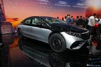 2021上海车展实拍:奔驰EQS