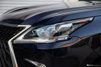 2019款雷克萨斯LX570 5.7L 自动巅峰特别版