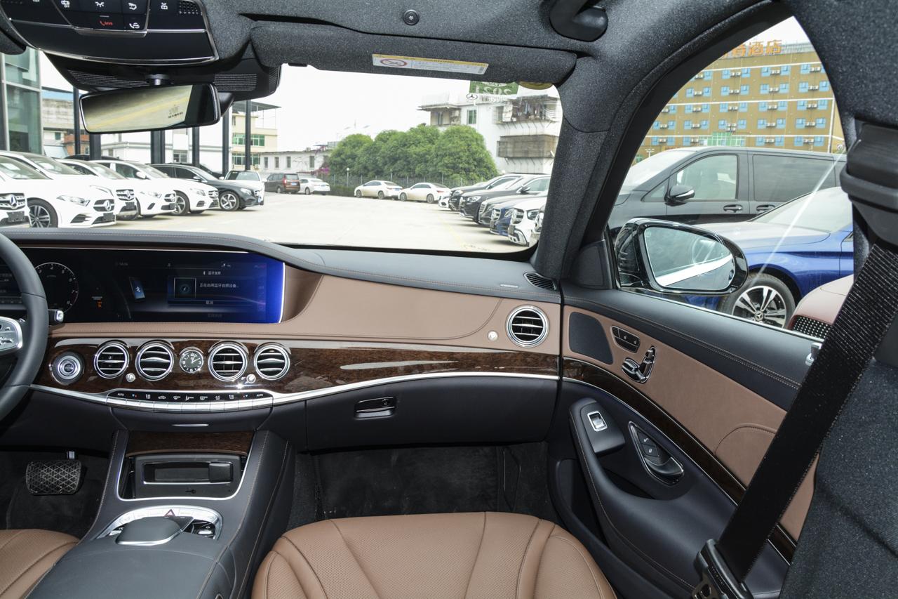 2019款奔驰S级 S 320 L 臻藏版