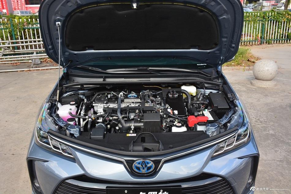2021款卡罗拉双擎1.8L E-CVT精英版