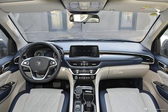 2021款大将军2.0T自动两驱运动尊享型标箱